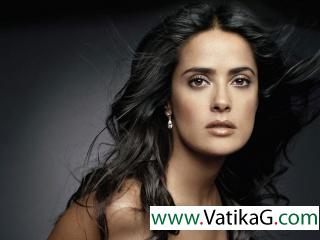 Salma hayek die heart look 